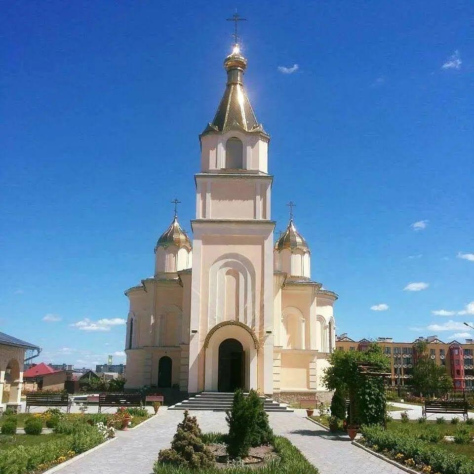 """Церква """"Воскресіння Славущего"""" (УПЦ МП)"""