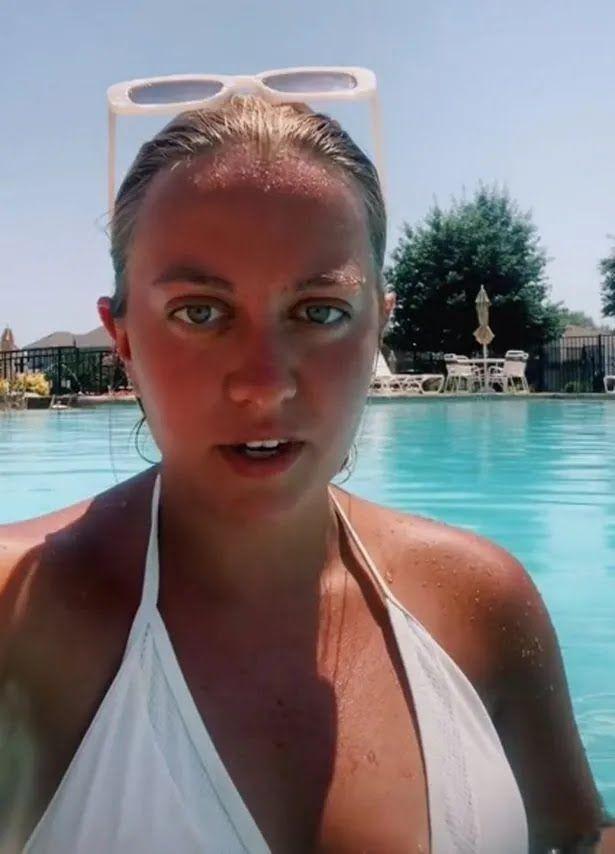 Девушка-блогер Меган-Мари