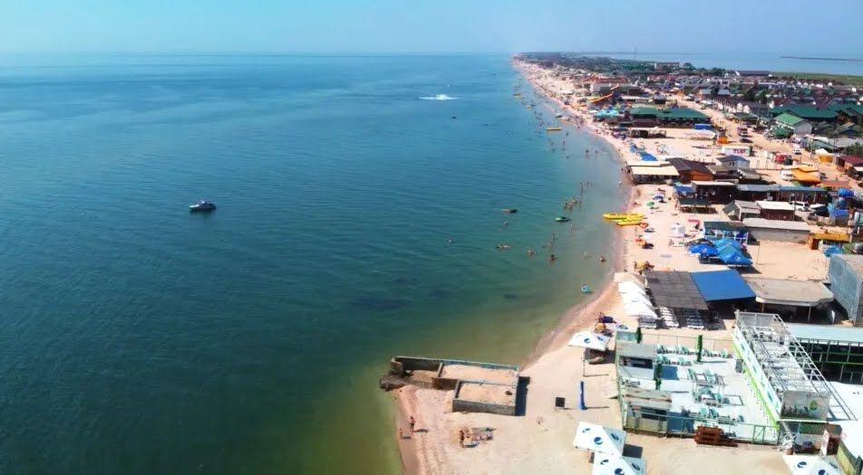 Узбережжя Азовського моря.