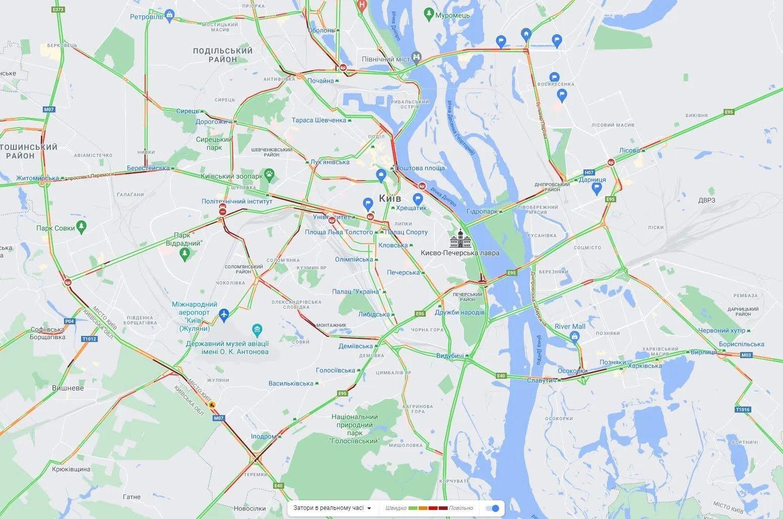 В Киеве ДТП провоцировали многочисленные пробки.