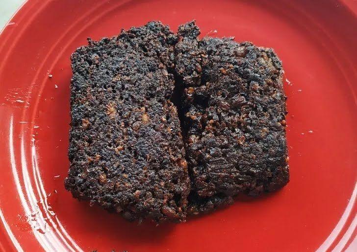 Черный английский пудинг делается из говяжьей крови, сала и овсянки