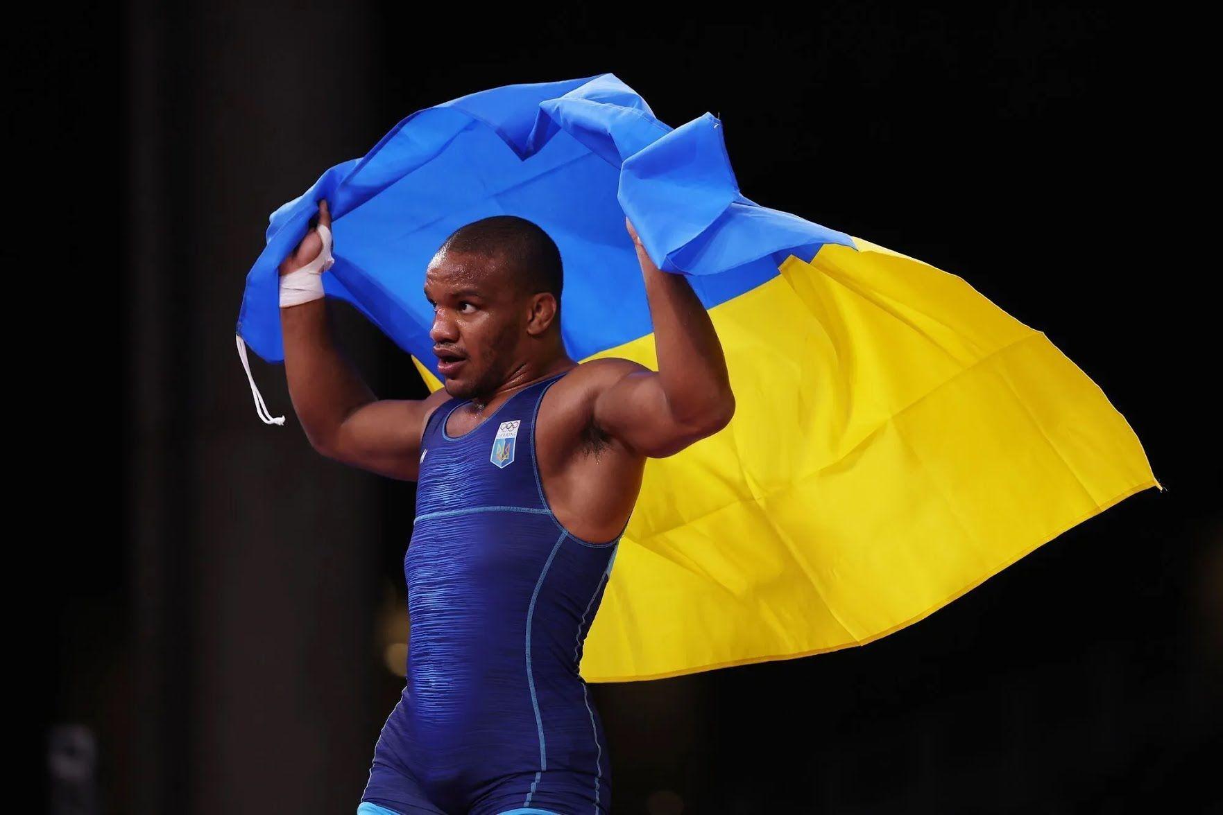 Жан Беленюк з прапором України