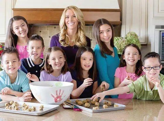 Кейт родила восьмерых детей.