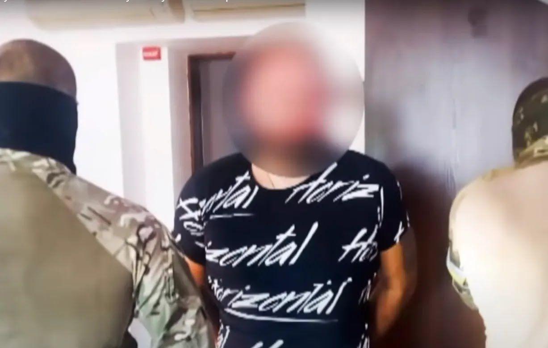 Поліція затримала двох підозрюваних.