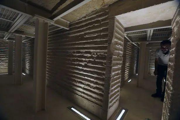 Коридоры гробницы Джосера