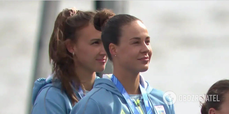 Лузан и Четверикова во время церемонии награждения