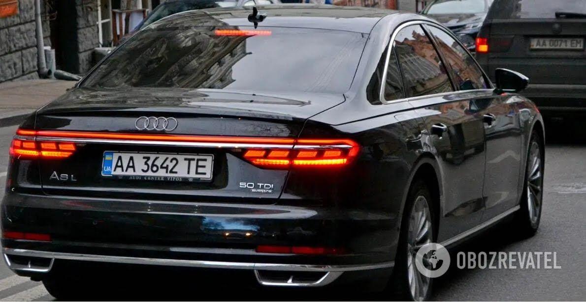 Автомобіль Шефіра з номером прикриття