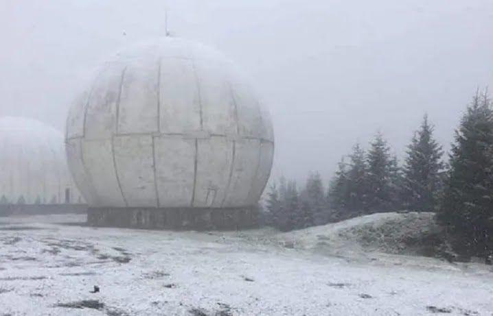 В Черновицкой области выпал снег.