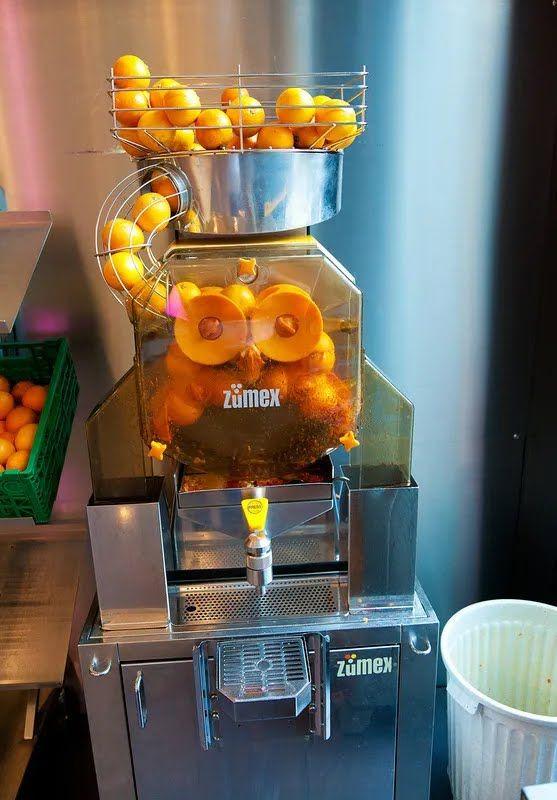 Офис Google в Цюрихе: в столовой можно попить свежевыжатого апельсинового сока