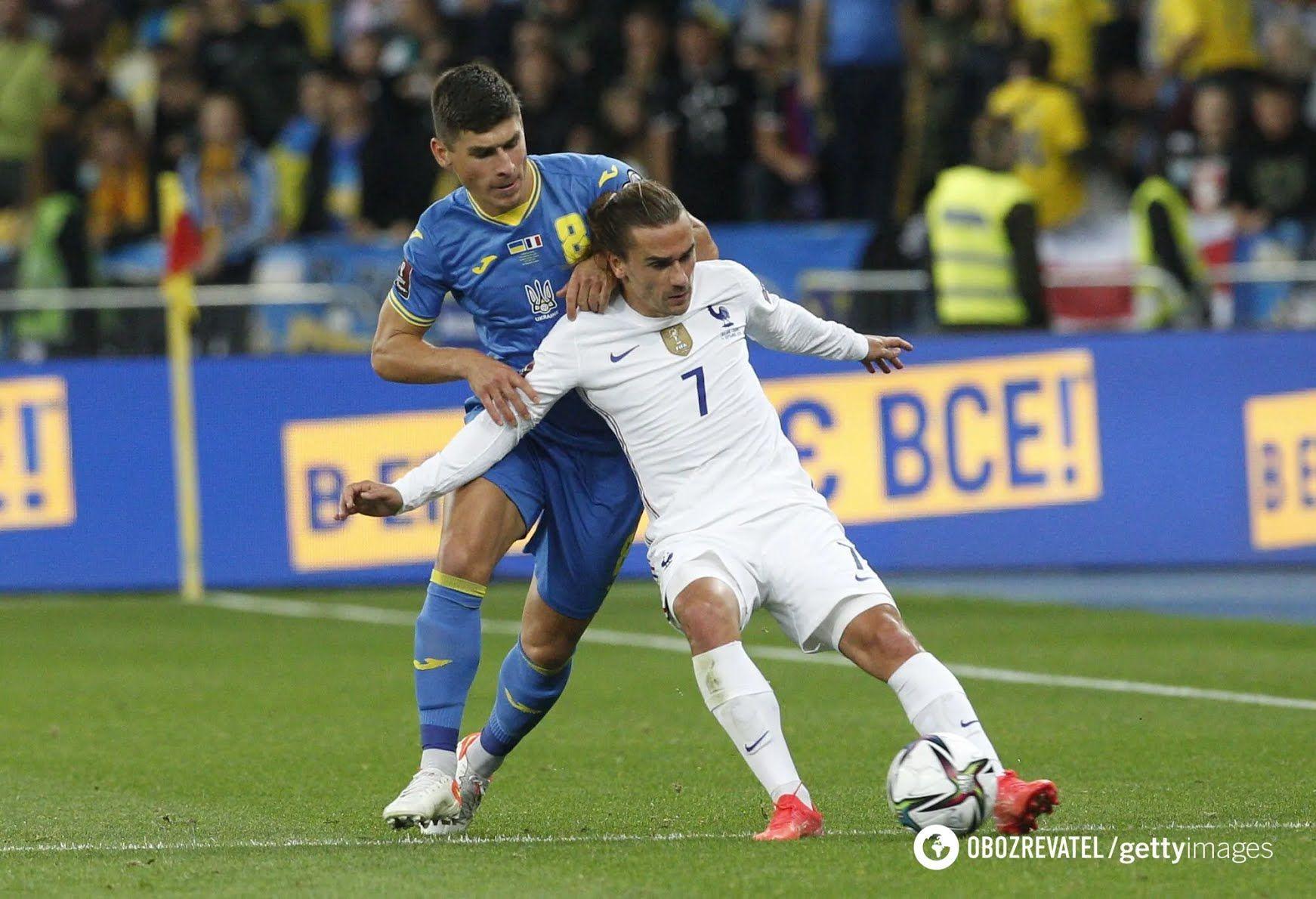 Малиновський в грі з Францією.