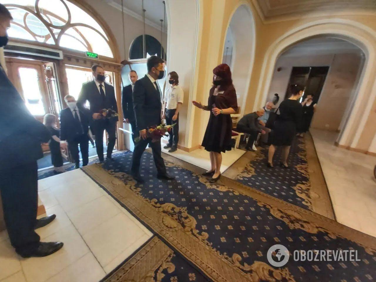 Владимир Зеленский приехал на церемонию прощания с Чапкисом