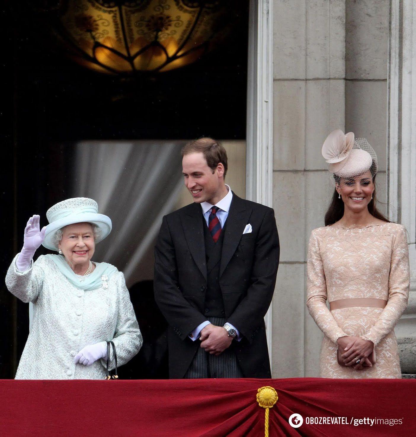Єлизавета II, принц Вільям і Кейт Міддлтон