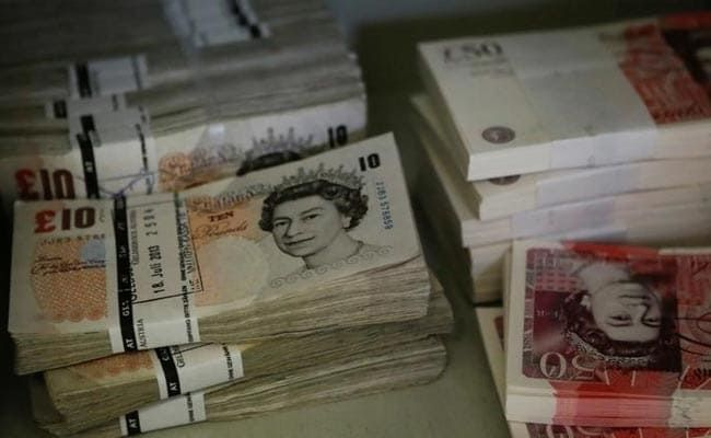 UK Woman Tried To Fly To Dubai With 1.9 Million Pounds In Cash In 5 Bags