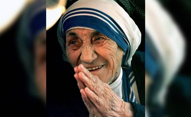 On Mother Teresa's 111th Birth Anniversary, Tributes Pour In From Hardeep Singh Puri, Ashok Gehlot, Arvind Kejriwal, And Others
