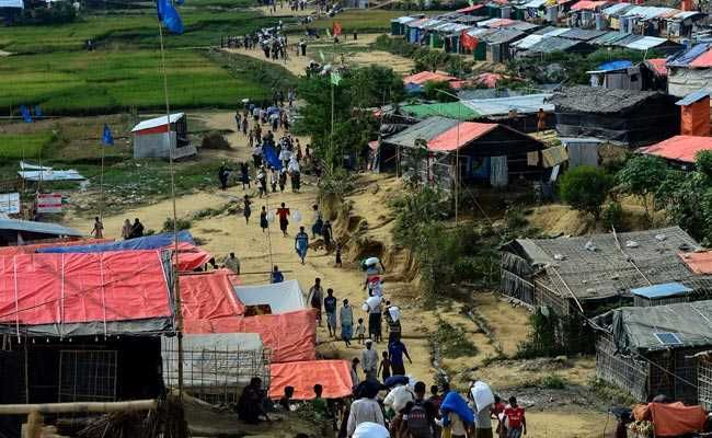 Six Dead in Landslide, Flooding At Rohingya Camps In Bangladesh