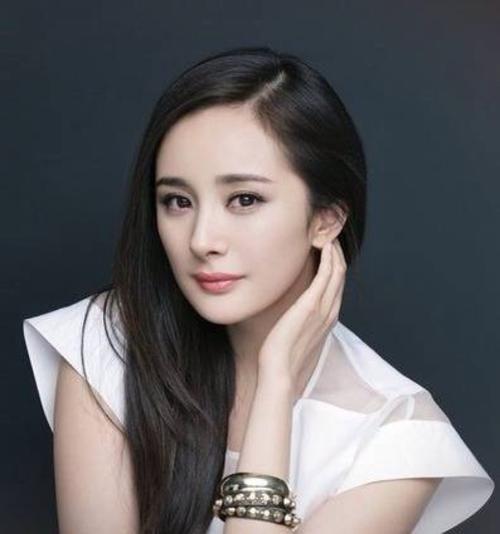 杨幂 我就是一个普普通通的大美女