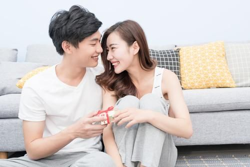 从没有注定的天作之合,如何增进夫妻感情呢?掌握以下相处之道 恋爱 婚姻 情感 感情 生活 情感热点  第5张