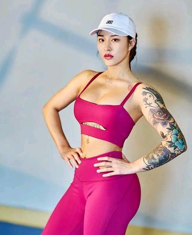 这身材无人能敌,健身网红美女让人羡慕嫉妒恨呀 网红 健身 美女 最新韩国娱乐新闻  第2张