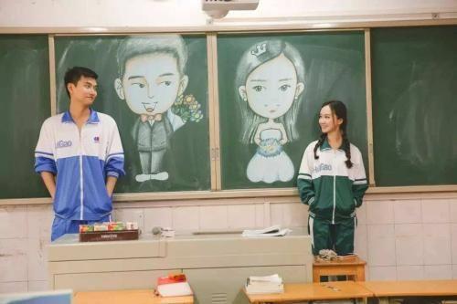 高中校园唯美爱情故事,青春懵懂爱情小故事