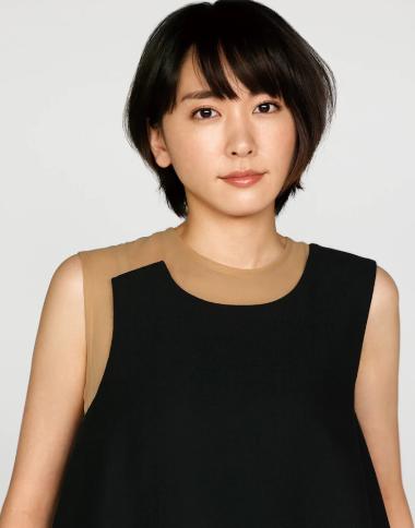 《女儿奴青春白皮书》定档8月2日新剧照曝出,新垣结衣确定出演