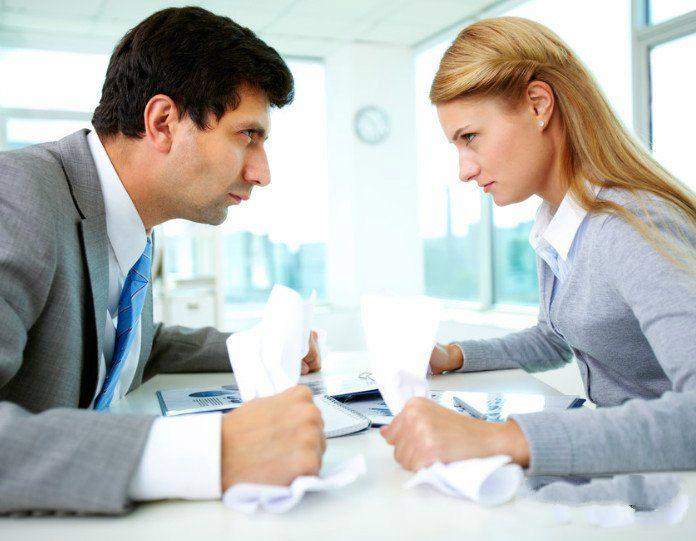 职业女性与男同事在职场相处的方法 两性故事大全 哲理小故事 职场故事大全 口述情感故事大全 情感故事  第1张