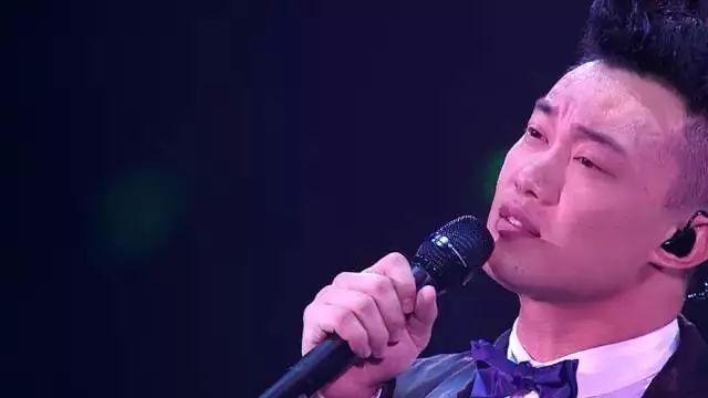 陈奕迅富士山下歌词的故事