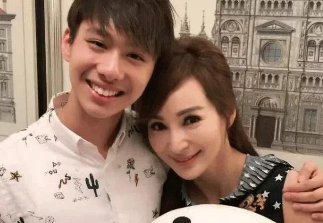 """55岁女明星被称为""""美魔女"""",与儿子似姐弟还被小鲜肉狂追 女性 生活 婚姻 美女 明星 最新香港娱乐新闻  第3张"""