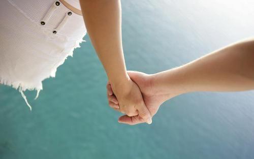 两性婚姻情感类故事,一个女人要离婚的迹象 短篇故事大全 爱情故事大全 虐心的小故事 两性故事大全 寓言故事大全 第1张