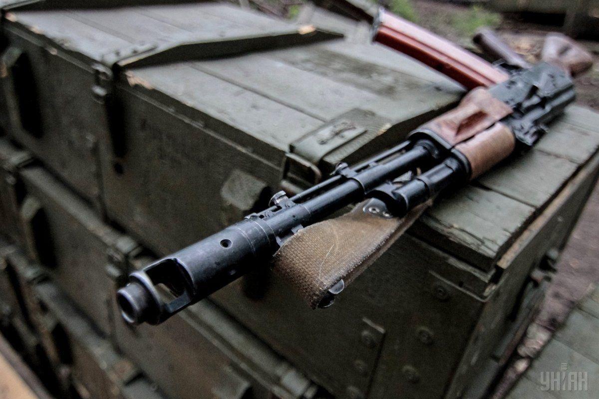 На Донбасі окупант поранив 15-річну дівчину / Фото УНІАН