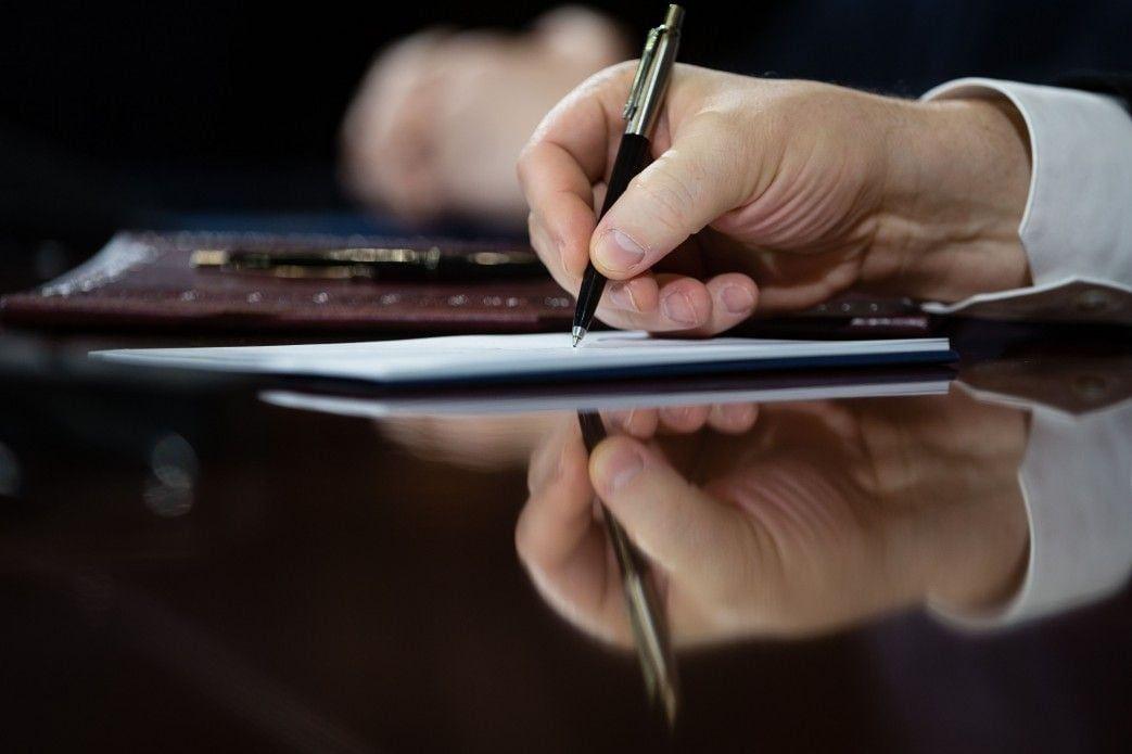 Сторони обговорили врегулювання ситуації з розрахунками за «зеленим» тарифом / фото president.gov.ua