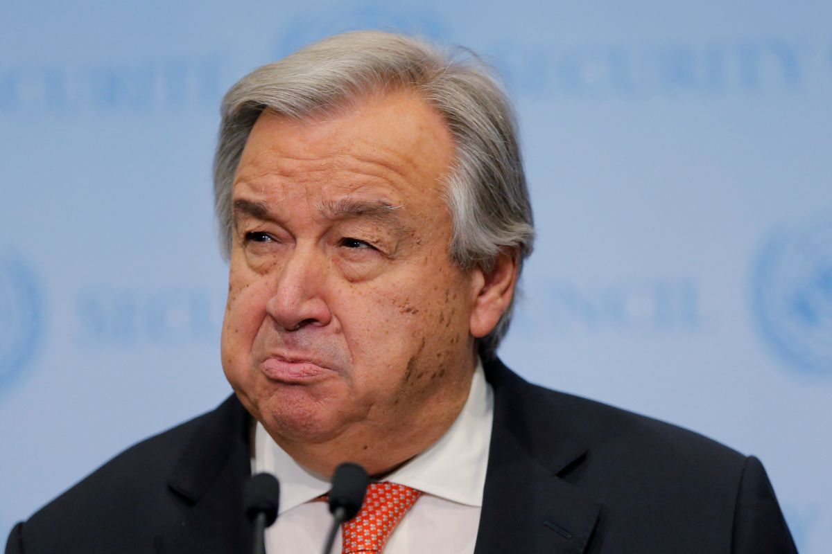 Guterres calls on the sides to return to peace talks  / REUTERS