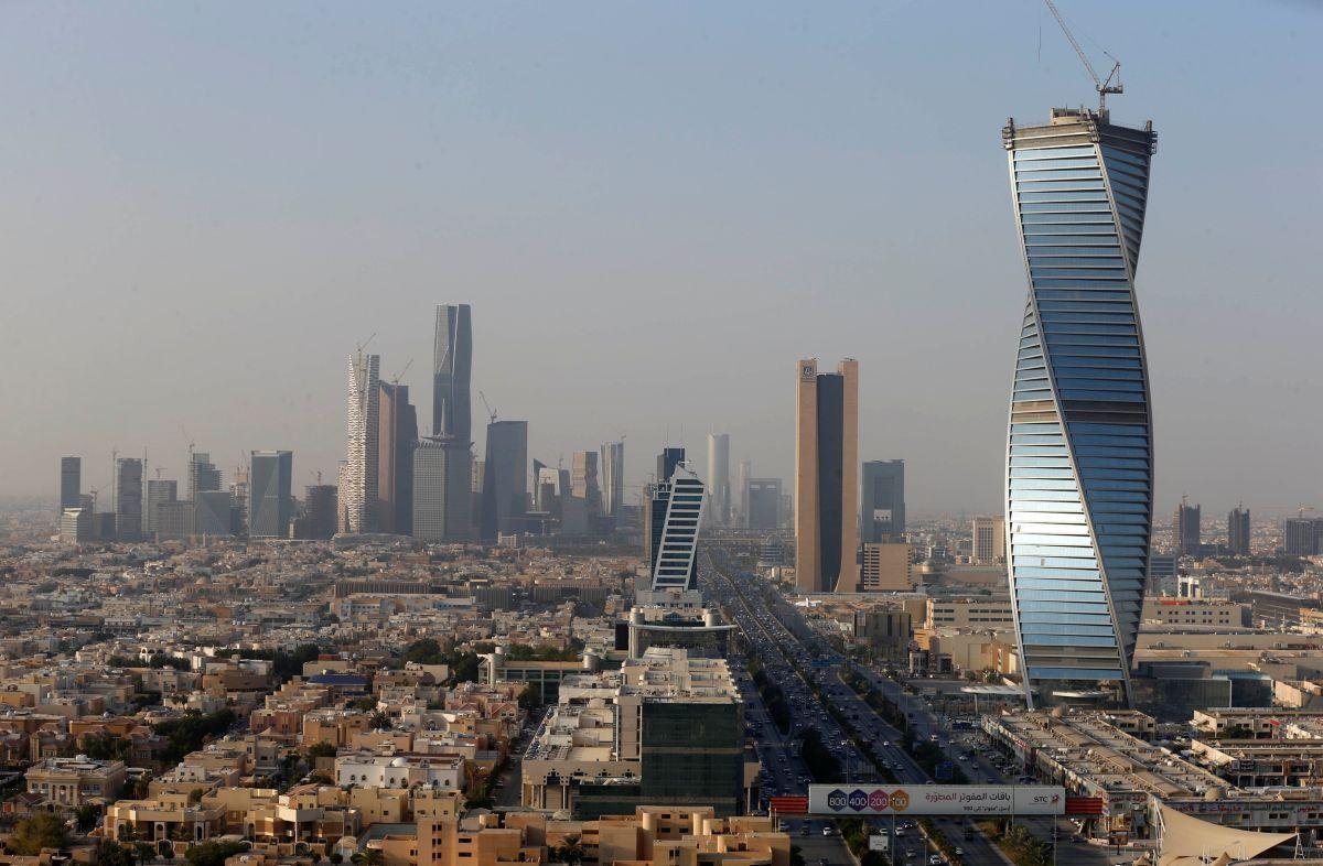 Саудовская Аравия в мае откроет границы / фото REUTERS