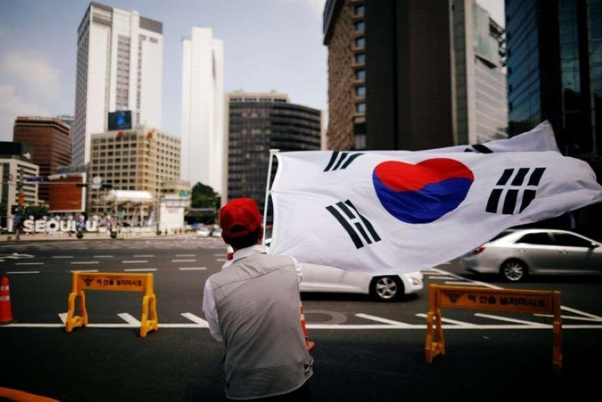 Південня Корея знайшла спосіб уникнути економічної кризи через коронавірус / фото Reuters