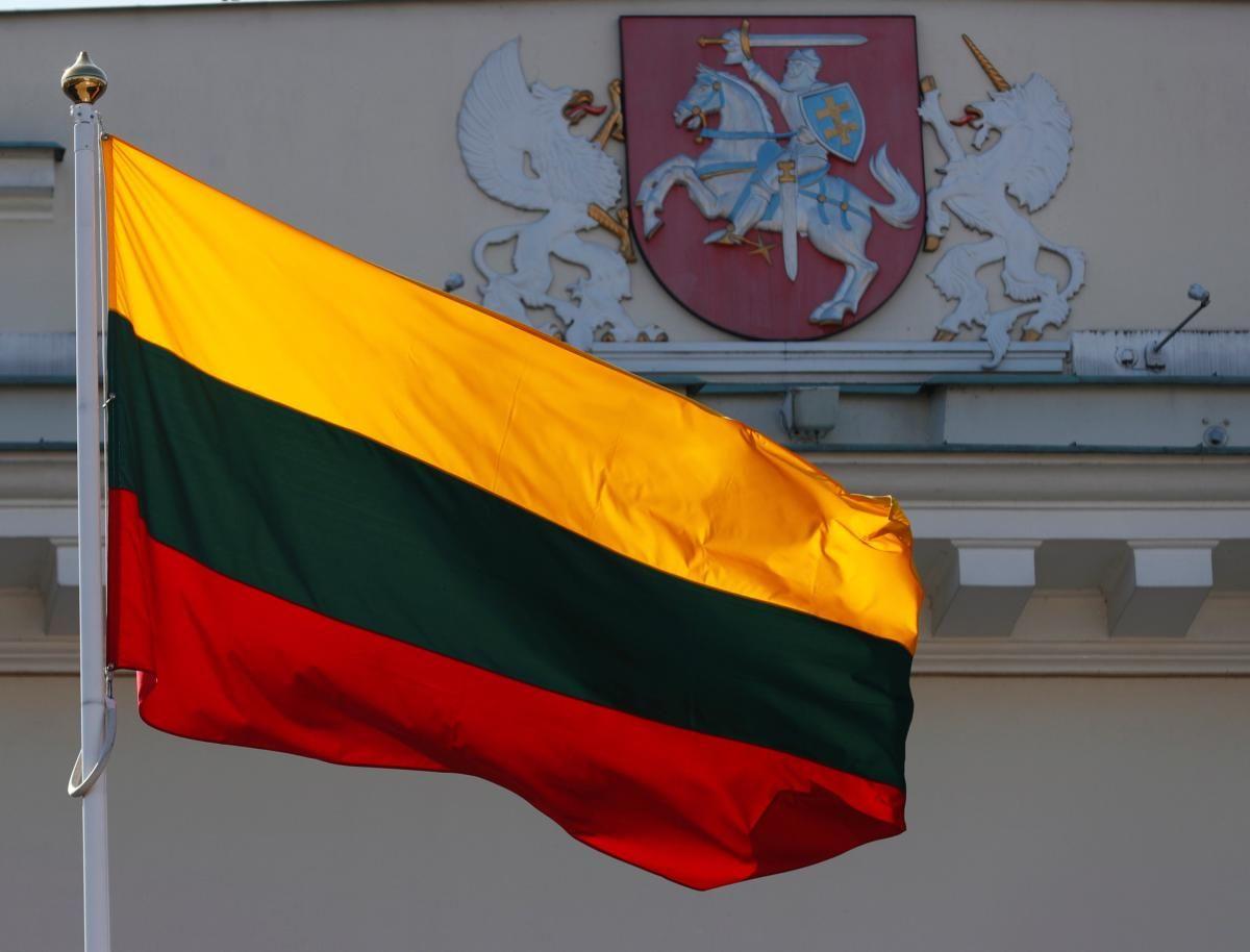 У Литві ввели нові жорсткі COVID-обмеження / фото REUTERS