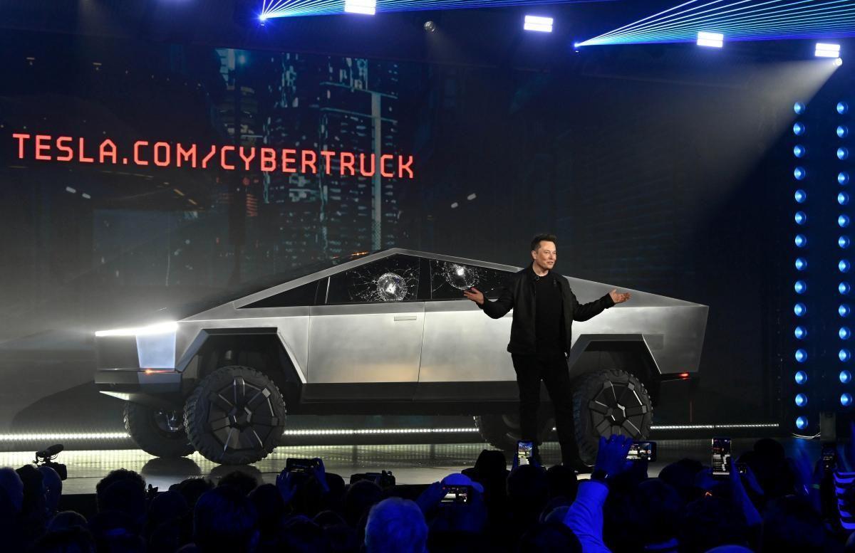 Производство новых батарей Tesla начнется не раньше 2022 года / REUTERS