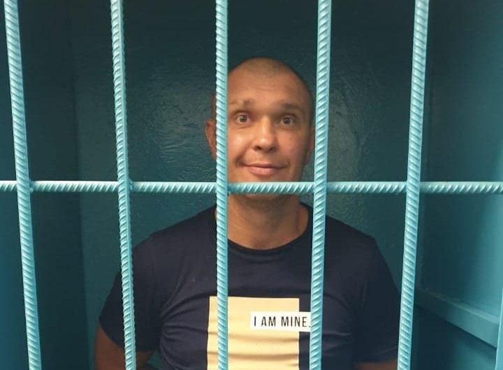 зловмисником виявився раніше тричі судимий Віталій Рудзько / фото facebook.com/anton.gerashchenko.7