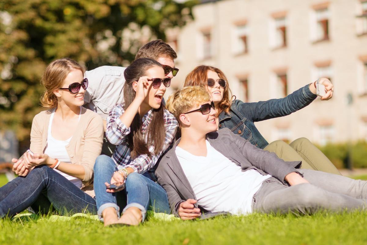 Скільки вихідних буде на Трійцю 2021 / фото ua.depositphotos.com
