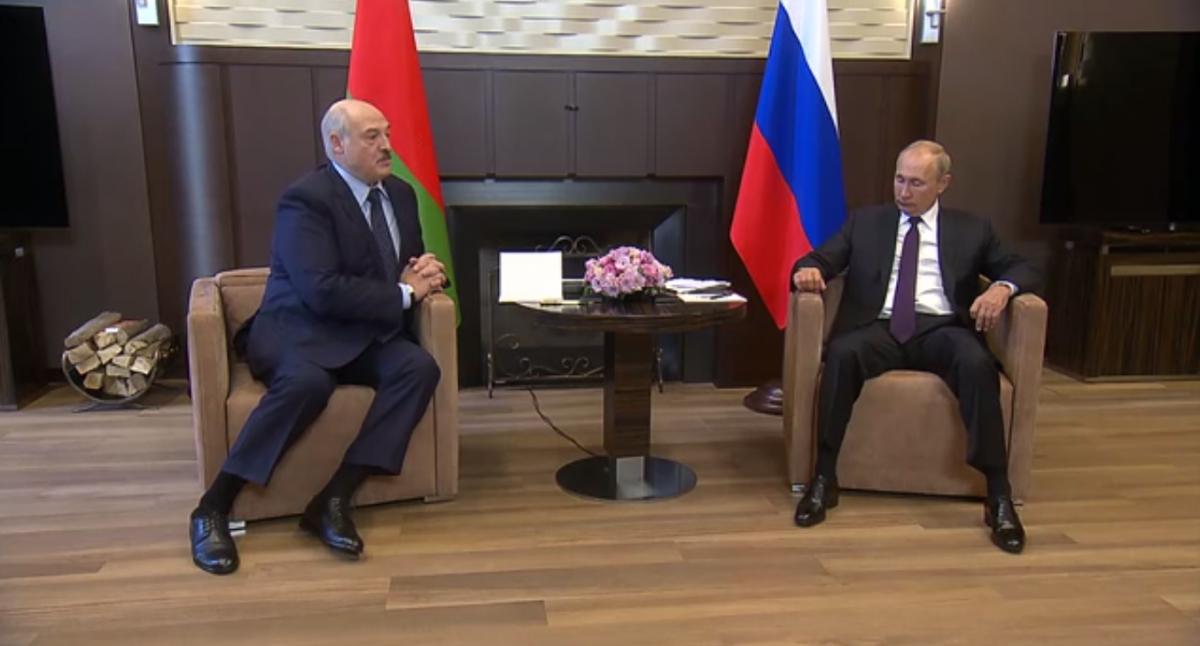 Беларусь - Лукашенко и Путин поговорили о проблемах после выборов / Скриншот