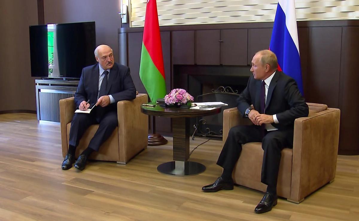 Лукашенко зустрівся з Путіним у Сочі / REUTERS