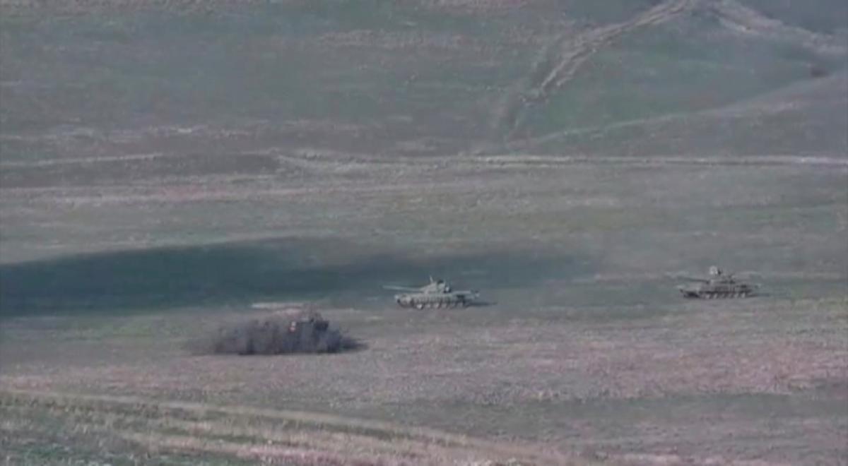 Эскалация войны между Арменией и Азербайджаном началась в воскресенье, 27 сентября / фото REUTERS