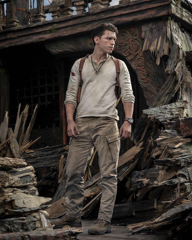 Том Холланд в роли Нейтана Дрейка / фото instagram.com/tomholland2013