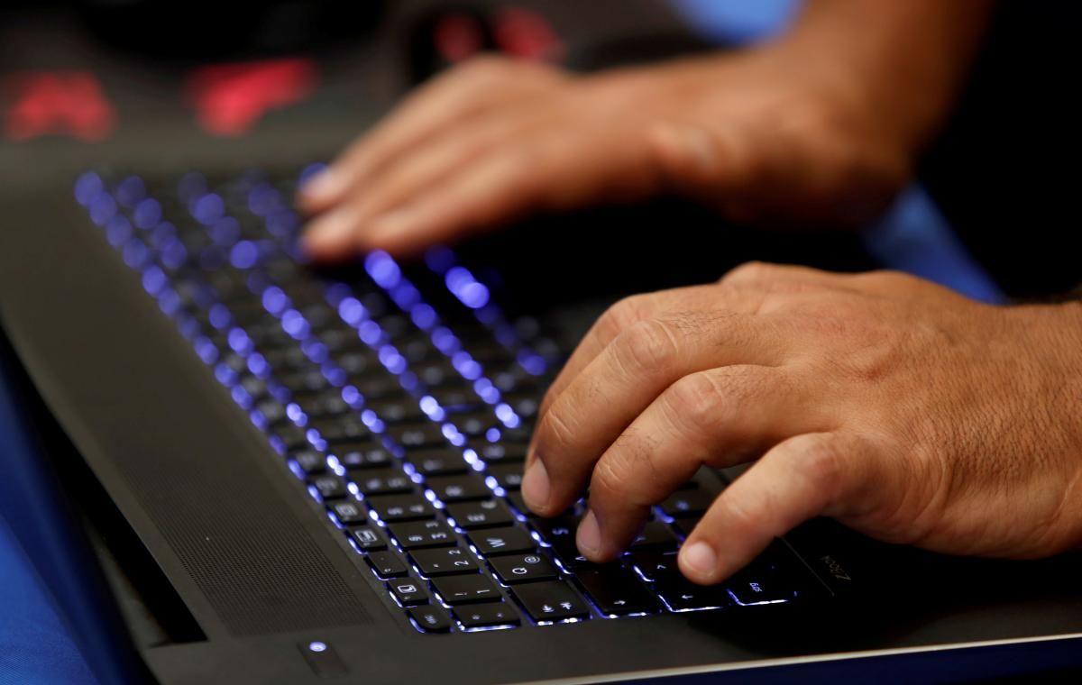 Одно из основных правил кибергигиены активного интернет-пользователя — осведомленность об актуальных онлайн-угрозах / фото REUTERS