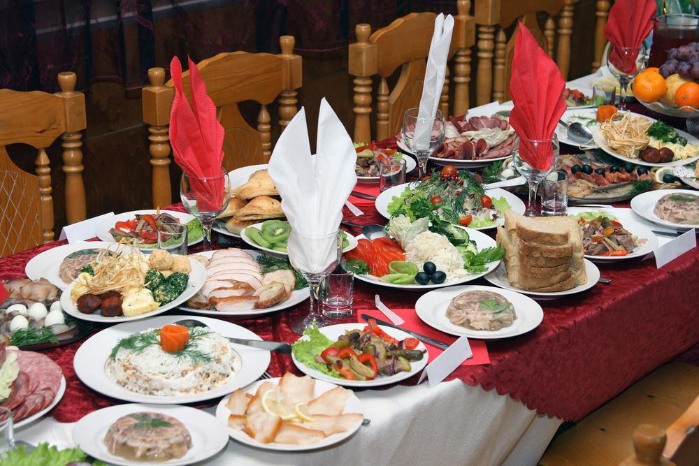 Сегодня принято устраивать посиделки / фото ua.depositphotos.com