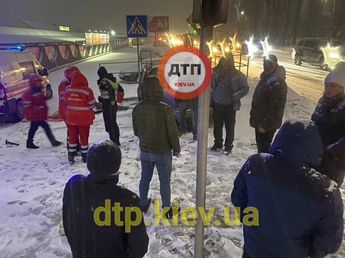 Место ДТП под Киевом / dtp.kiev.ua