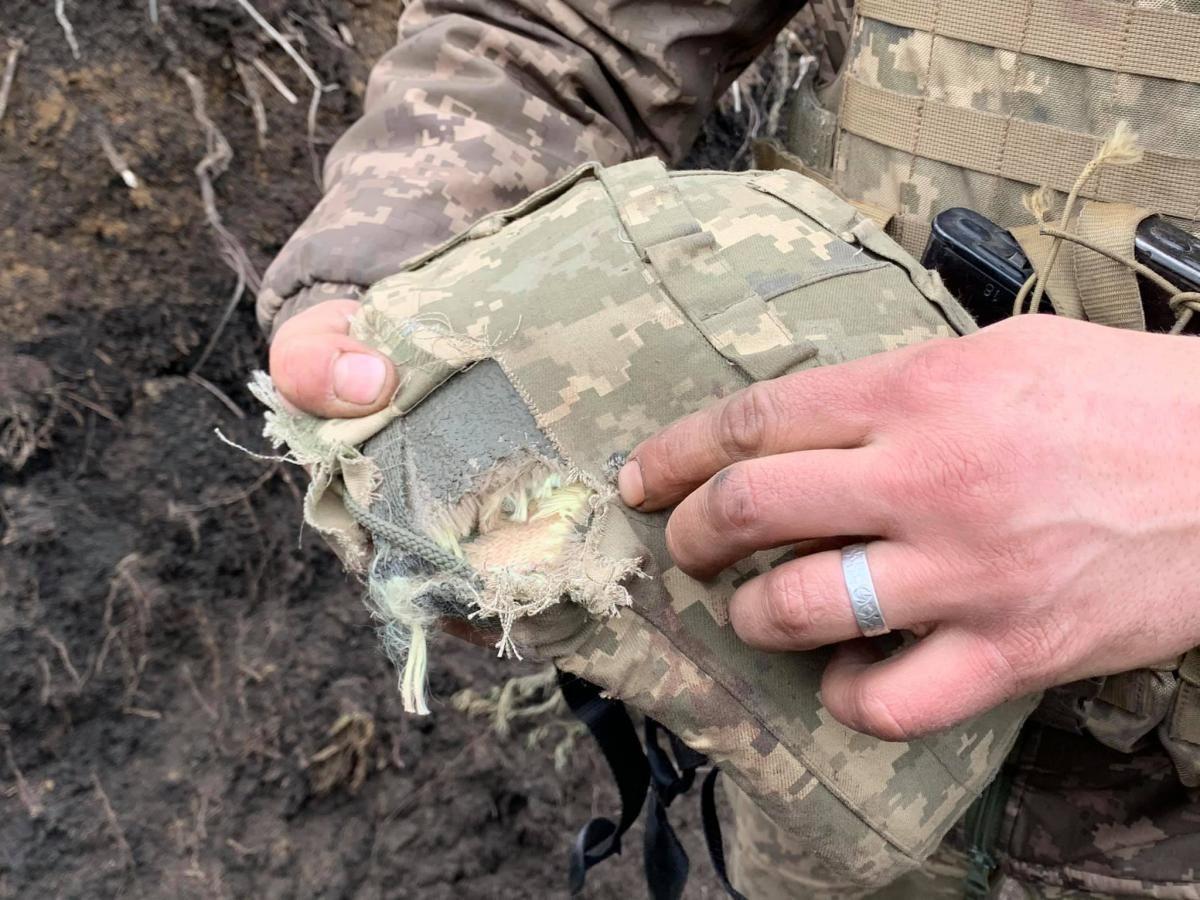 На Донбасі загинув український боєць / фото Oleksandr Makhov
