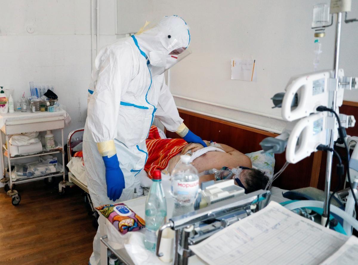 Как не навредить больному с коронавирусом / REUTERS