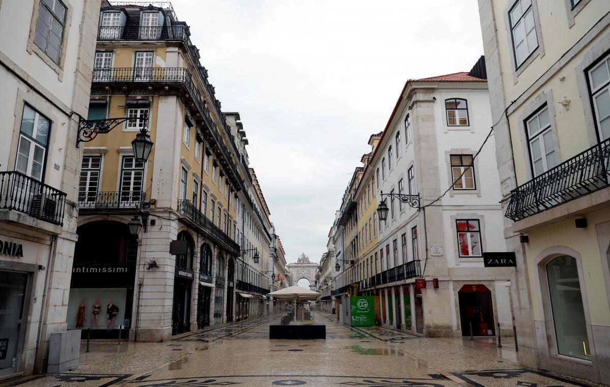 Португалія відкривається для туристів / фото REUTERS