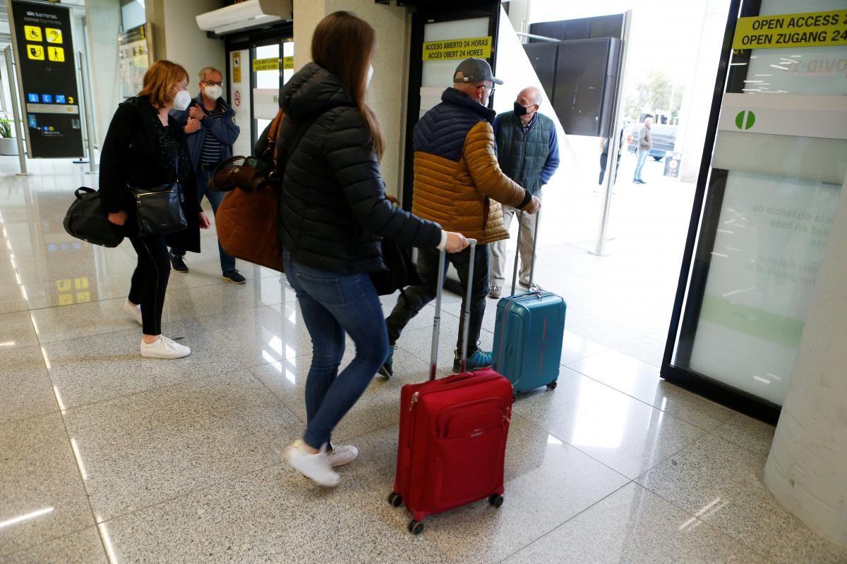 Естонія пом'якшила в'їзд для туристів/ фото REUTERS