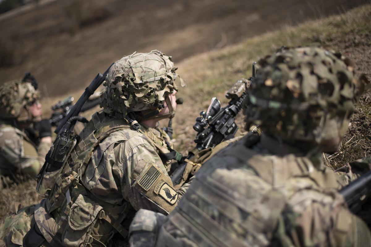 В учениях принимают участие значительное количество военных США / фото defense.gov