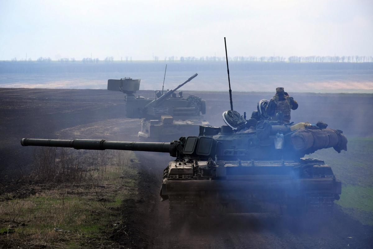 Захід повинен зробити так, щоб Україна була здатна захиститися від Росії / Фото: REUTERS